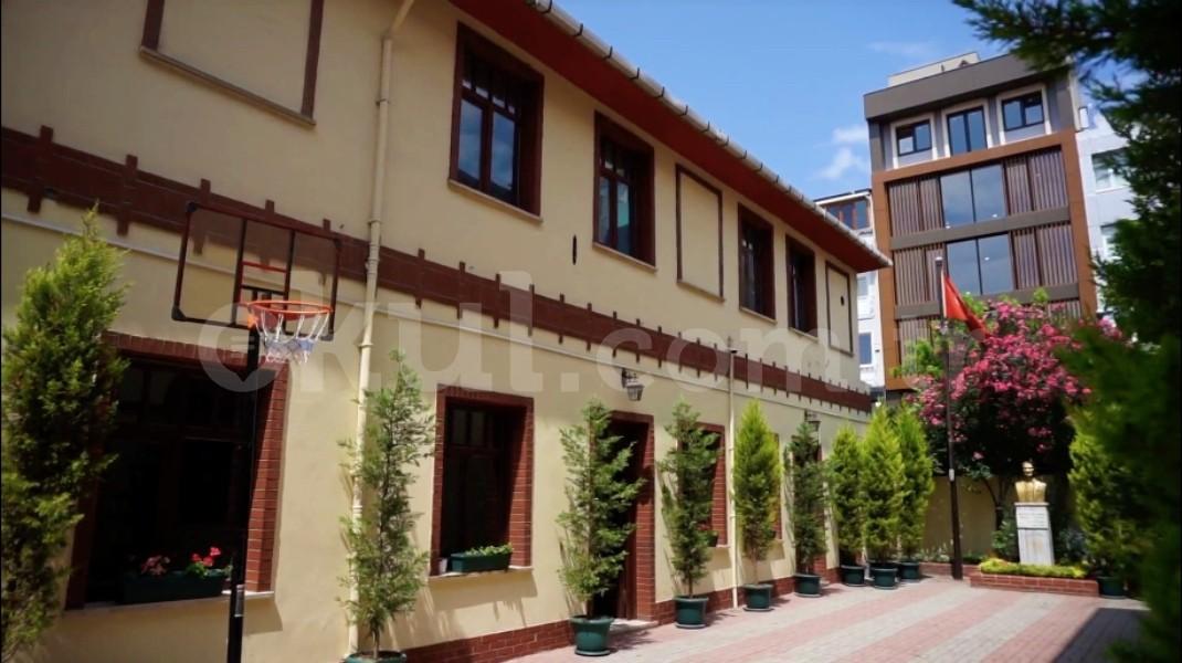 Bakırköy özel Bakırköy Kadro Anadolu Lisesi